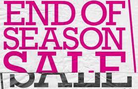 Uitverkoop en opruiming kleding Nooit eerder is de uitverkoop zo vroeg begonnen als dit jaar. De winkels hebben zodanig te kampen met teruglopende verkopen dat ze .
